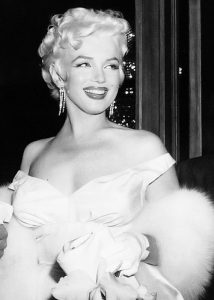 Marilyn at the Seven Year Itch premiere, her 29th birthday