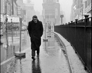 A famous photo of James Dean in New york, 1955.  Photo by Dennis Stock.