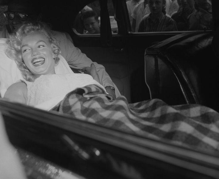 Marilyn Monroe leaving hospital